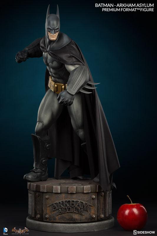 Batman-Arkham-Asylum-Premium-Format-Figure-002