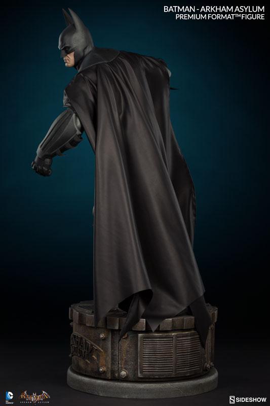 Batman-Arkham-Asylum-Premium-Format-Figure-003