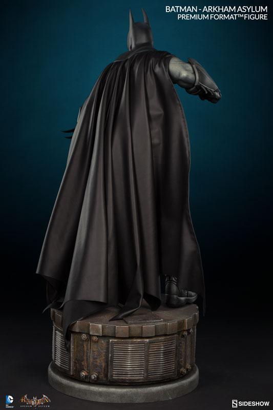 Batman-Arkham-Asylum-Premium-Format-Figure-004