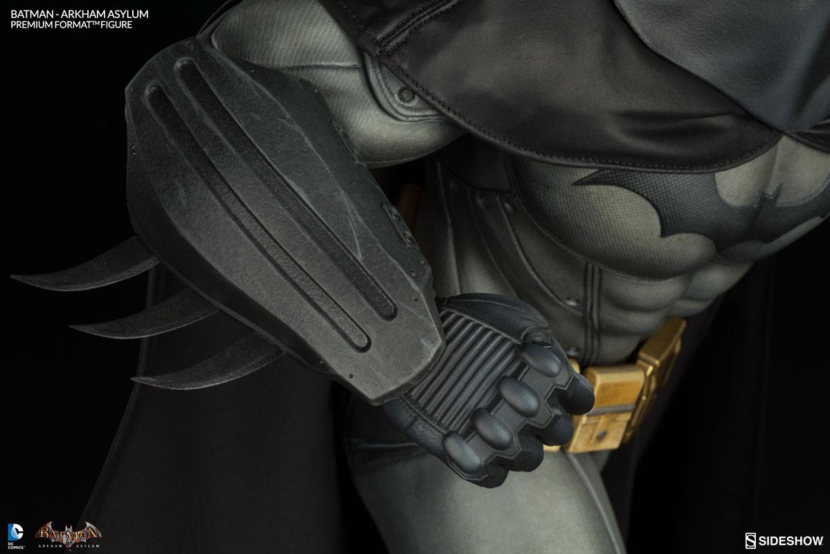 Batman-Arkham-Asylum-Premium-Format-Figure-008