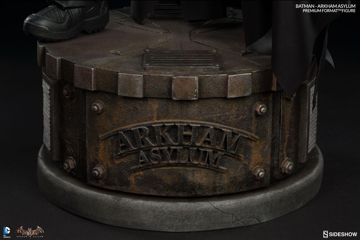 Batman-Arkham-Asylum-Premium-Format-Figure-011
